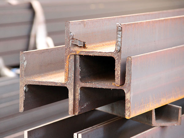 Prodotti-siderurgici-in-pronta-consegna