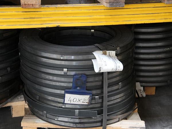 Reggette-acciaio-per-imballaggio-reggio-emilia
